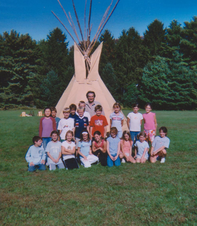 School Assembly Tipi Rasing